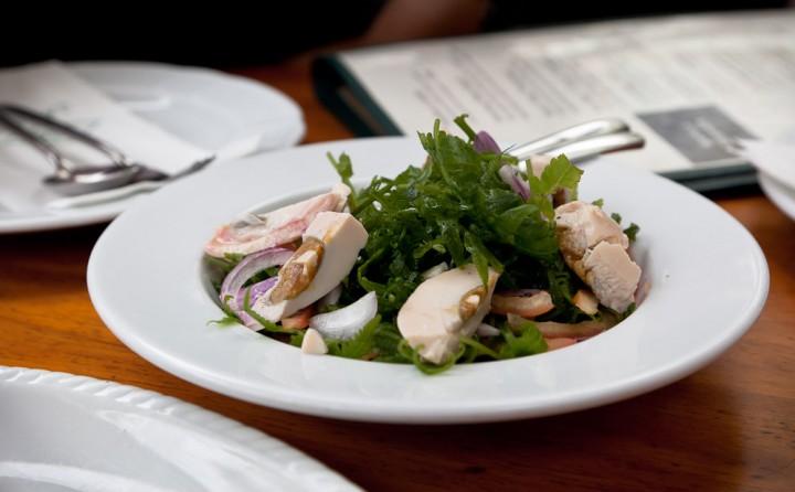 Salade de fougères aux oeufs salés © Quentin Gaudillière