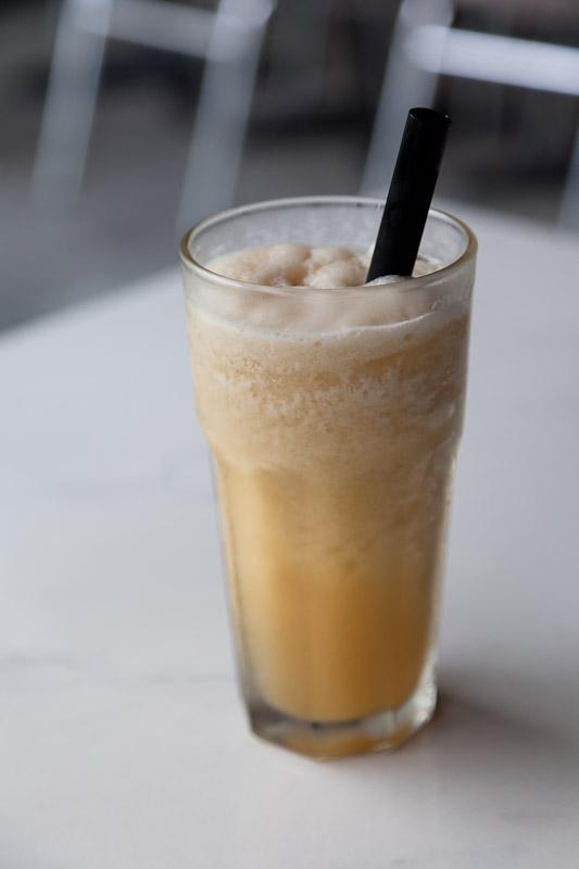 Milk shake calamansi et gingembre © Quentin Gaudillière