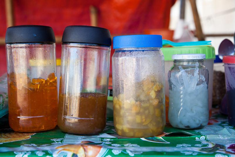 Gelée, perles de sago, banane, macapuno et confiture d'ube © Quentin Gaudillière