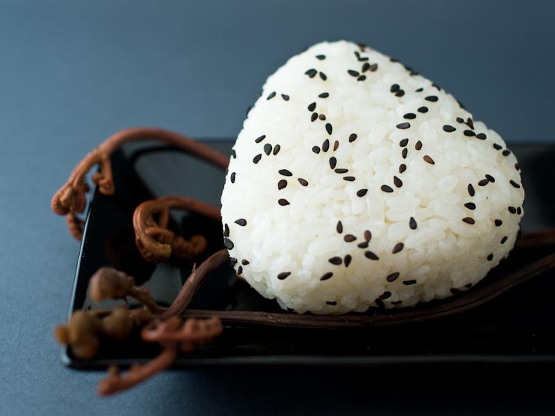 Onigiri au topinambour © Camille Oger