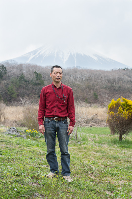 Monsieur Okamura et le mont Fuji © Camille Oger