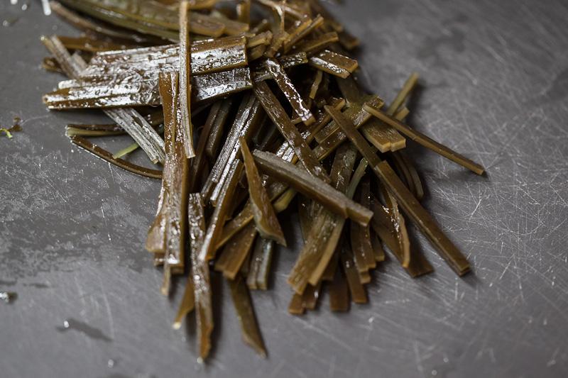 Kombu coupé en bâtonnets © Quentin Gaudillière