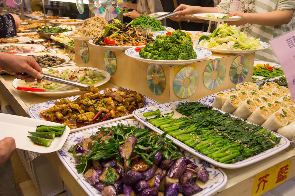 Le c t obscur du buffet v g tarien le manger - Idee buffet nouvel an ...