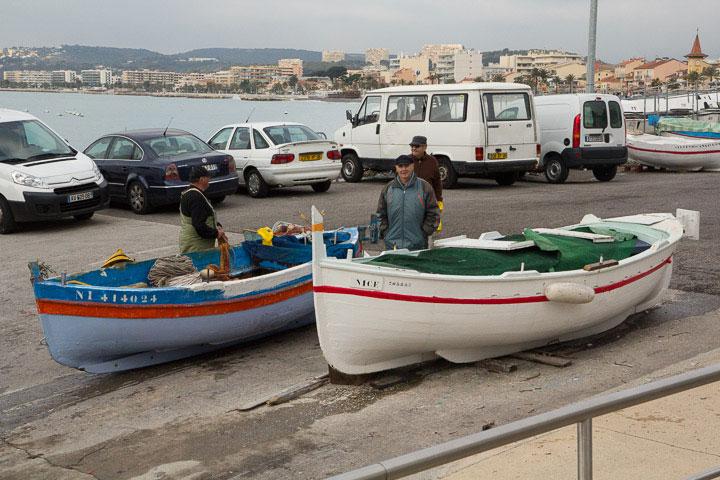 Le pointu en cale au port © Camille Oger