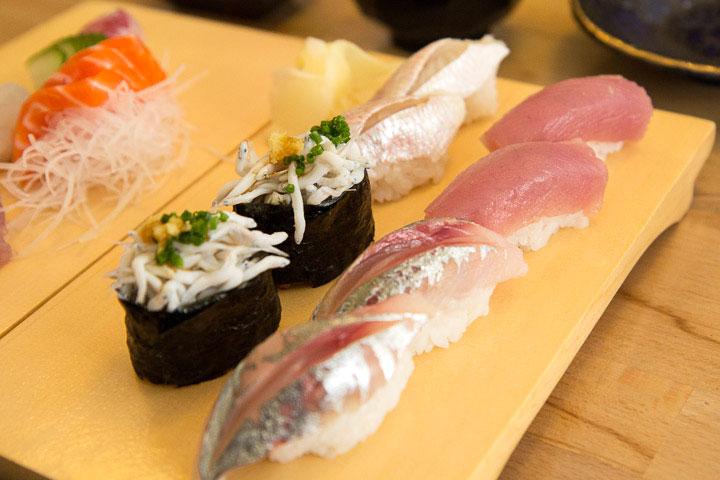 Nigiri-sushi méditerranéens © Camille Oger