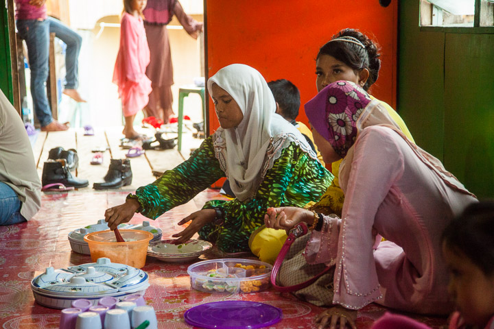 Repas de mariage, Bornéo © Quentin Gaudillière