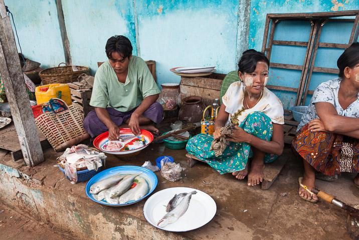 Scène de marché birman ©Quentin Gaudillière