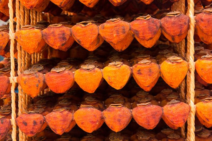 Kakis séchés en baguettes © Camille Oger