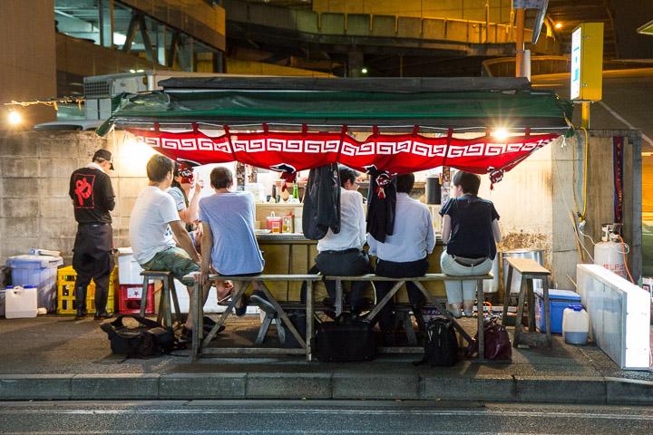 Yatai spécialisé dans les ramen à Fukuoka © Camille Oger