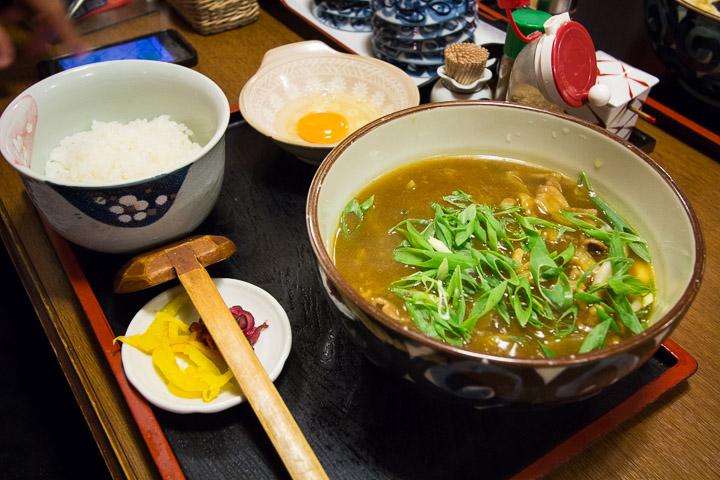 Ramen dans une soupe de mouton au curry © Camille Oger