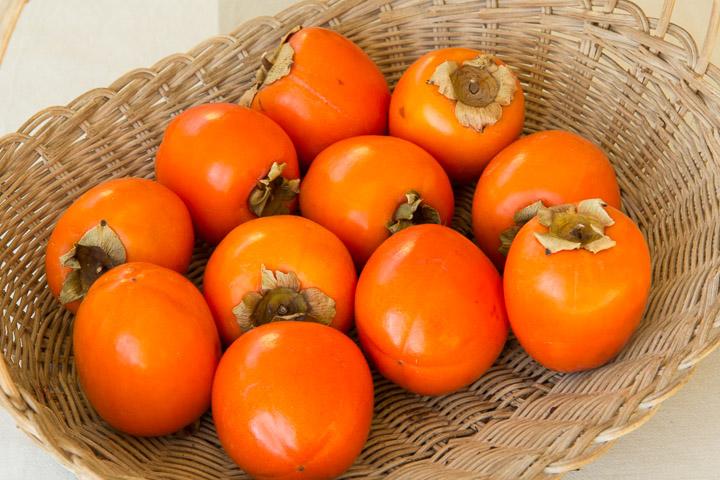 Kakis non astringents - les variétés astringentes sèchent bien aussi © Camille Oger