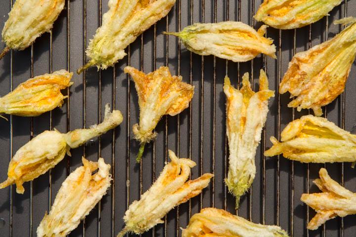 La grille du four, pour égoutter la tempura © Camille Oger
