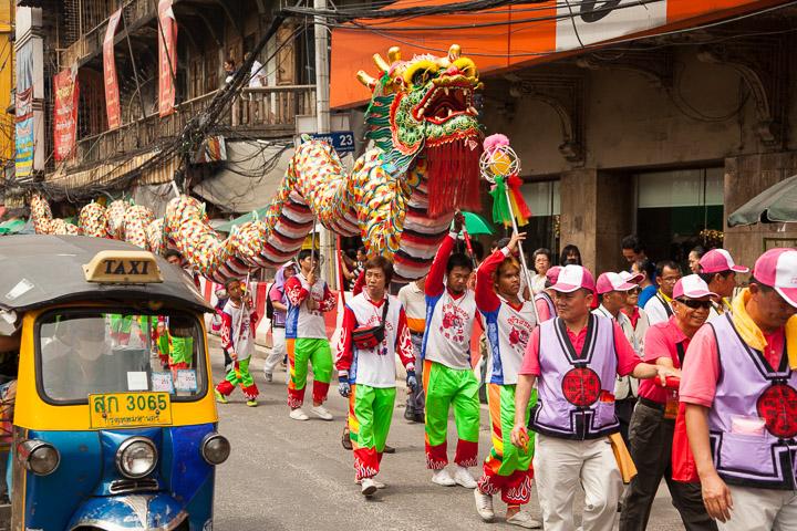 Pas de fête chinoise sans danse du dragon © Quentin Gaudillière