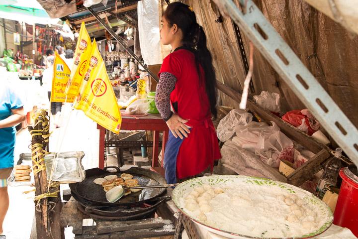 Stand végétarien dans une ruelle du quartier chinois © Camille Oger